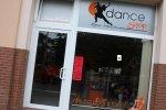 vchod do taneční prodejny